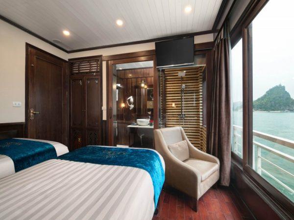 Junior Suite Ocean Views- Twin beds